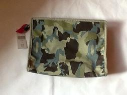 BARNEYS New York LARGE COSMETIC BAG CAMO w/PINK ZIPPER pull