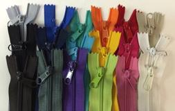 "LOT of 18 Long Pull Handbag Zippers 14"" Bright Assorted Colo"