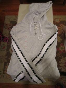 VICTORIA'S SECRET PINK HEATHER GRAY HOODIE wDOG ZIPPER PULL+